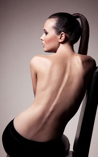 Спины Обнаженных Тел